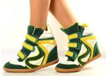 Negozio calzature a Riccione: Sneakers Xti ed Indianini