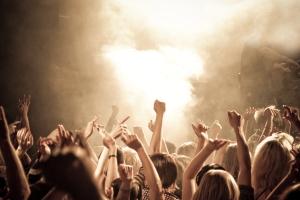Genesis in concerto a bologna trova l 39 hotel con l 39 offerta for Hotel vicino unipol arena bologna